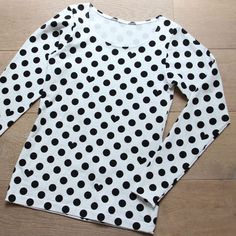 We have prepared for you FREE sewing patterns. No worries to buy a digital pattern, just try our free pattern before you buy and see how easy the are! T Shirt Sewing Pattern, Sewing Patterns Free, Free Sewing, Clothing Patterns, Hand Sewing, Shirt Patterns, Make Your Own Clothes, Sewing Projects For Kids, Baby Kind
