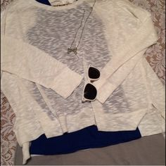 NWT- Oversized Marled Top Wear it however you like, whenever or for whatever occasion you like! Old Navy Tops Tees - Long Sleeve