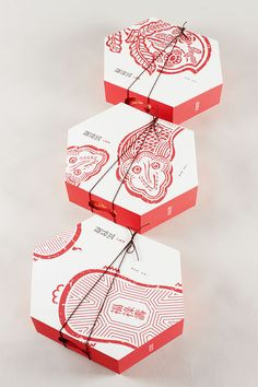 Designer: Liang Wenhua Project Type: Produced, Commercial Work Packaging Content: Chinese snacks Location: China Xin gao dian is a wel. Takeaway Packaging, Food Packaging Design, Packaging Design Inspiration, Branding Design, Bakery Packaging, Corporate Branding, Logo Branding, Brand Identity, Bar Restaurant Design