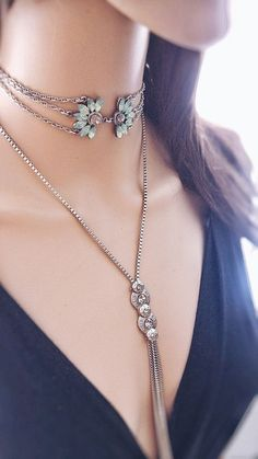 diy Jewelry choker - Solid Gold Heart Diamond Necklace/ Heart Shaped Diamond Pendant in Gold/ Pave Heart Necklace/ Love Pendant/ Heart Charm - Fine Jewelry Ideas Neck Accessories, Fashion Accessories, Jewelry Accessories, Jewelry Design, Fashion Jewelry, Cute Jewelry, Body Jewelry, Jewelry Necklaces, Jewellery