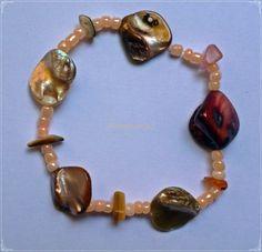 #pulsera de #carey #mostacillas y #piedras