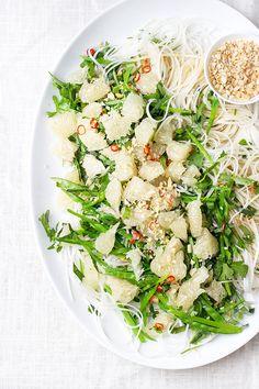 cilantro pomelo noodle salad