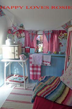 """""""Happy Loves Rosie"""" vintage caravan / travel trailer in pink & blue & red Retro Caravan, Retro Campers, Happy Campers, Vintage Campers, Shabby Chic Campers, Camper Interior, Diy Camper, Truck Camper, Camper Van"""