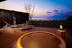 水の里恷 富岳群青  http://travel.rakuten.co.jp/platinum/pltnm/hotel/135960/index.html