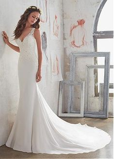 Attractive Tulle & Chiffon V-Neck Sheath Wedding Dresses With Beaded Lace Appliques