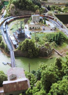 "N Scale: ""Lines East"" Custom Model Railroad 