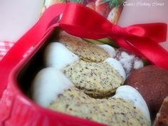 Für Rezept in Deutsch bitte scrollen: I promised you in my last post about Chocolate Delight Cookies to post the recipe for the Whit. Christmas Baskets, Christmas Treats, Austrian Recipes, Austrian Food, Chocolate Delight, White Chocolate, Baking Recipes, Dessert Recipes, Creative Desserts