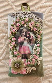 I ❤ crazy quilting . . . Beautiful!  This is a wonderful way to set off old family photos!