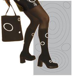 Selvklebende refleks Stuart Weitzman, Knee Boots, Sandals, Heels, Fashion, Heel, Moda, Shoes Sandals, Fashion Styles