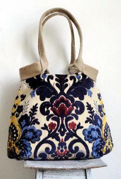e704be8c9f54 Damask Shoulderbag   bohemian handbag   purse    tapestry handbag with  burlap