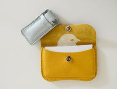 make from leather scraps via bloesem