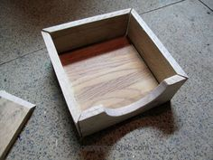 A friend of mine recently asked if I had ever made a napkin holder. Why no, I haven't, but it sounds like a fairly easy project and better yet, I could make one out of pallet wood and other scraps I … Continue Reading → Farmhouse Napkin Holders, Farmhouse Napkins, Wood Napkin Holder, Scrap Wood Projects, Easy Projects, Diy Table, Wood Table, Chevron, Round Wood Coffee Table