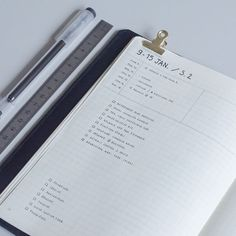 Weekly spread in a #bulletjournal: mini event calendar on the top, master task list and home task list / #bulletjournalweeklylog
