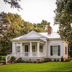 Timid in size, bold it stature.this project reinforced and re-instilled in me the importance of restraint, and the power of scale. Style Cottage, Cottage Living, Cottage Homes, Living Room, Style At Home, Future House, Br House, Small Cottages, Southern Homes