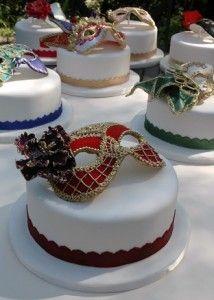 costumes ~ masquerade cake L: