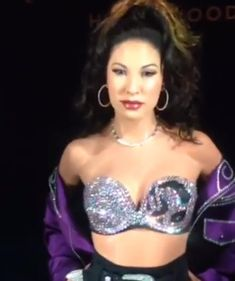 #SelenaQuintanilla🌹👑 #SelenaPerez #ReinaDeLaCumbia #QueenOfTejano #ReinaDelTexMex #QueenOfKumbia #QueenOfCumbia #SelenaQ #Selena #preciosa #PreciosaSelena #StillDreamingOfYouSelena #SelenaQueentanilla #QueenOfLatinMusic #PreciousSelena #ReinaDeLaMusicaLatina #TejanoQueen #BailaSelena #SelenaUnforgettable #SelenaVive #SelenaYLosDinos #SYLD #SelenaForever #Selena4Ever #SiempreSelena #selenalaleyenda #LegendsNeverDie Avon Rep, Selena Quintanilla, Fashion, King, Moda, Fashion Styles, Fashion Illustrations