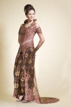 Kebaya Wedding, Kebaya Dress, Bridal Gowns, Wedding Dresses, Trendy Fashion, Dresses With Sleeves, Formal, Long Sleeve, Modern