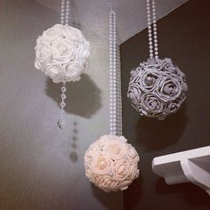 Set Of 3 Hanging Flower Flower Balls With Pearl by KimeeKouture Party Decoration, Wedding Decorations, Pew Decorations, Wedding Backdrops, Ceremony Backdrop, Diy Flowers, Paper Flowers, Flower Diy, Hanging Flowers