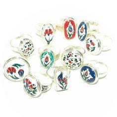 Novidade, anel de prata com cerâmica pintada a mão,varios modelos e numerações, confira!!! http://www.hazineacessorios.com.br/aneis/anel-de-prata-cod-h-4013.html http://www.hazineacessorios.com.br/aneis/anel-de-prata-cod-h-4009.html