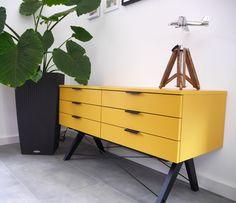 Piękna szafka Sideboard Double Minko w kolorze muztardowym już trafiła do zadowolonego klienta <3 http://outlabsklep.pl/Szafka-Sideboard-Double-Minko