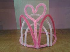 Coronas creadas por Glitter Pretty Party. Recuerda que puedes encontrarnos en nuestro Facebook.
