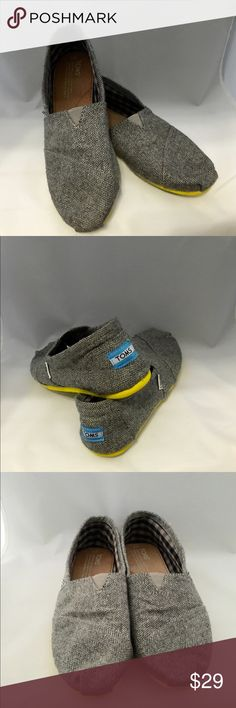 TOMS Women's Classic Style Size 7 Classic style TOMS in women's size 7. Only lightly worn as I am in a wheelchair. Material is a wool blend (not canvas material). TOMS Shoes Flats & Loafers