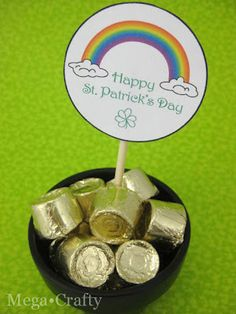 Candy Pot of Gold and a Free St. Patrick's Day Printable - By Craft Gossip
