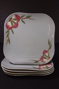 """""""Mango"""" dinnerware pattern on gray background, c. 1950 by Weil of California. This pattern was also produced on green and peach backgrounds."""