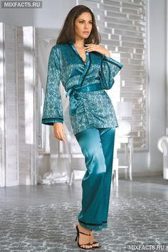 Шелковый костюм для дома