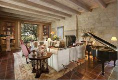 perfect living room. John Salladino. Salladino villa
