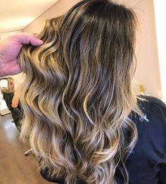 Castanho iluminado com fundo esfumado natural. #equipetiagoaprigio #cabelodossonhos #hairportiagoaprigio ...