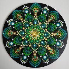 Green mandala on wood, 20 cm mandala painting, dot painting, stone pain Mandala Art, Mandalas Drawing, Mandala Painting, Mandala Design, Acrylic Painting Inspiration, Dot Art Painting, Stone Painting, Mandala Painted Rocks, Mandala Rocks