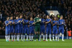 25 November 2012 / Chelsea Manchester City: Chelsea players observe a minute's applause in name of former manager DAVE SEXTON, who had recently passed away. Chelsea Football Team, Chelsea Fc Players, City H, English Premier League, Premier League Matches, European Football, Health Club, Uefa Champions League, Manchester City