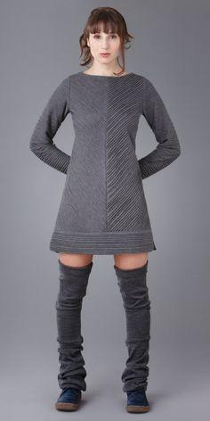 Tunique Cölombe #h245-p, vêtement mode fabriqué au Québec, Frëtt Design Designers, Sweaters, Dresses, Style, Fashion, Classic Clothes, Tunic, Boutique Online Shopping, Skirt