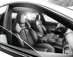 Quilted leather interior of Audi S7