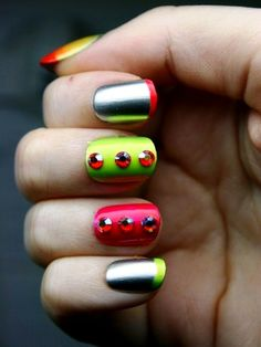 Who Wants to Try These Neon Nail Arts with Vibrant Colours? - http://www.stylishboard.com/who-wants-to-try-these-neon-nail-arts-with-vibrant-colours/