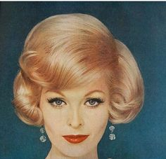 60s Hairstyles For Women's To Looks Iconically Beautiful