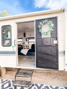 How To Remodel A Camper, Popup Camper Remodel, Travel Trailer Remodel, Camper Diy, Camper Hacks, Camper Trailers, Camper Ideas, Caravan Renovation, Camper Makeover