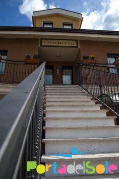 In una struttura completamente nuova, il Residence Porta Del Sole, è il luogo ideale per chi vuole vivere una vacanza da sogno nel Gargano, in tutte le stagioni, avendo a disposizione tutti i comfort. Vi Piace???