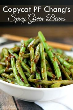green bean recipes This is the best Copycat PF Changs Spicy Green Beans recipe and perfect as a side dish or vegetarian main dish served over rice! Side Dish Recipes, Veggie Recipes, Healthy Recipes, Beans Recipes, String Bean Recipes, Green Vegetable Recipes, Spicy Vegetarian Recipes, Vegan Food, Delicious Recipes