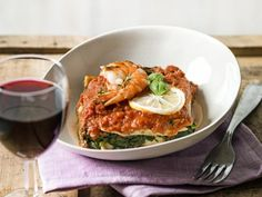 Zomerse lasagne met spinazie en scampi's