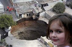 disaster girld meme에 대한 이미지 검색결과
