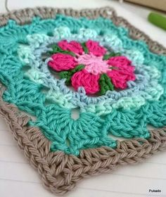 Mood blanket granny square