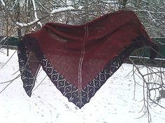 Gorgeous shawl with lace edge, free knitting pattern