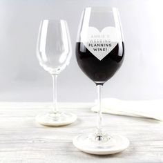 A fun personalised heart wine glass makes a perfect gift for wine lovers on Valentine's Day, birthdays or anniversaries! The popular engraved glass design will definitely bring a smile to your recipie. Gifts For Wine Lovers, Gifts For Mum, Gifts Uk, Wine Glass Designs, Mum Birthday Gift, Top Wedding Trends, Red Wine Glasses, Personalized Birthday Gifts, Engagement Gifts