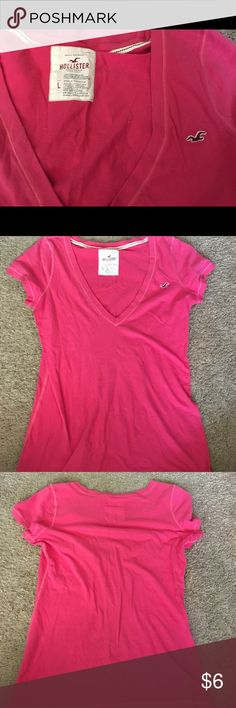 Hollister pink top! Great condition, no rips or stains Hollister Tops