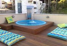 waterfall over a Jacuzzi tub Small Backyard Pools, Small Pools, Backyard Patio, Swimming Pool Designs, Swimming Pools, Ideas De Piscina, Mini Piscina, Piscine Diy, Small Pool Design
