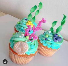 New cupcakes decoration ideas girls kid birthdays ideas Mermaid Birthday Cakes, Cupcake Birthday Cake, Little Mermaid Birthday, Little Mermaid Parties, Mermaid Cakes, Birthday Cake Girls, Cupcake Party, The Little Mermaid, Cupcake Cakes