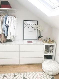 Walk in wardrobe / cabinet DIY IKEA Malm Kallax Hack with marble top, .- Walk in Kleiderschrank / Schrank DIY IKEA Malm Kallax Hack mit Marmorplatte, Walk in wardrobe / cabinet DIY IKEA Malm Kallax … - Walk In Closet Ikea, Closet Walk-in, Ikea Closet Hack, Closet Hacks, Closet Bedroom, Closet Ideas, Bathroom Closet, Ikea Wardrobe Hack, Cozy Bedroom