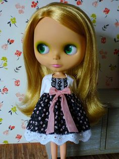 Dress for Blythe by PamsPrettyDesigns on Etsy